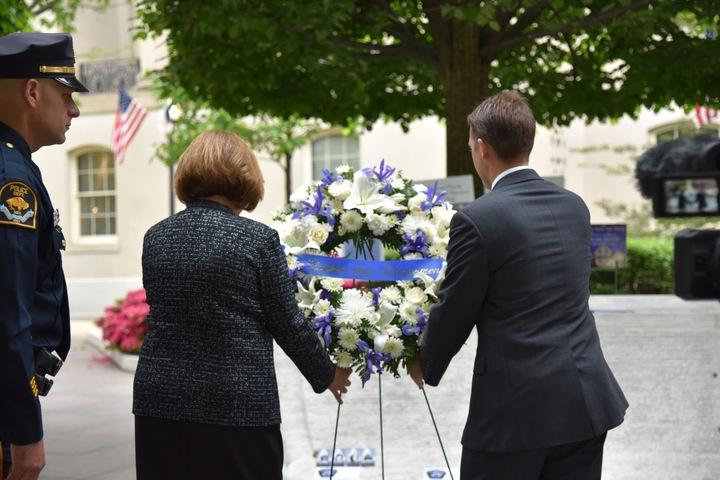 Sasse, Fischer Lay Wreath to Honor Officer Orozco